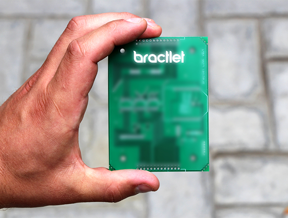 Photo of a manufactured Bractlet board
